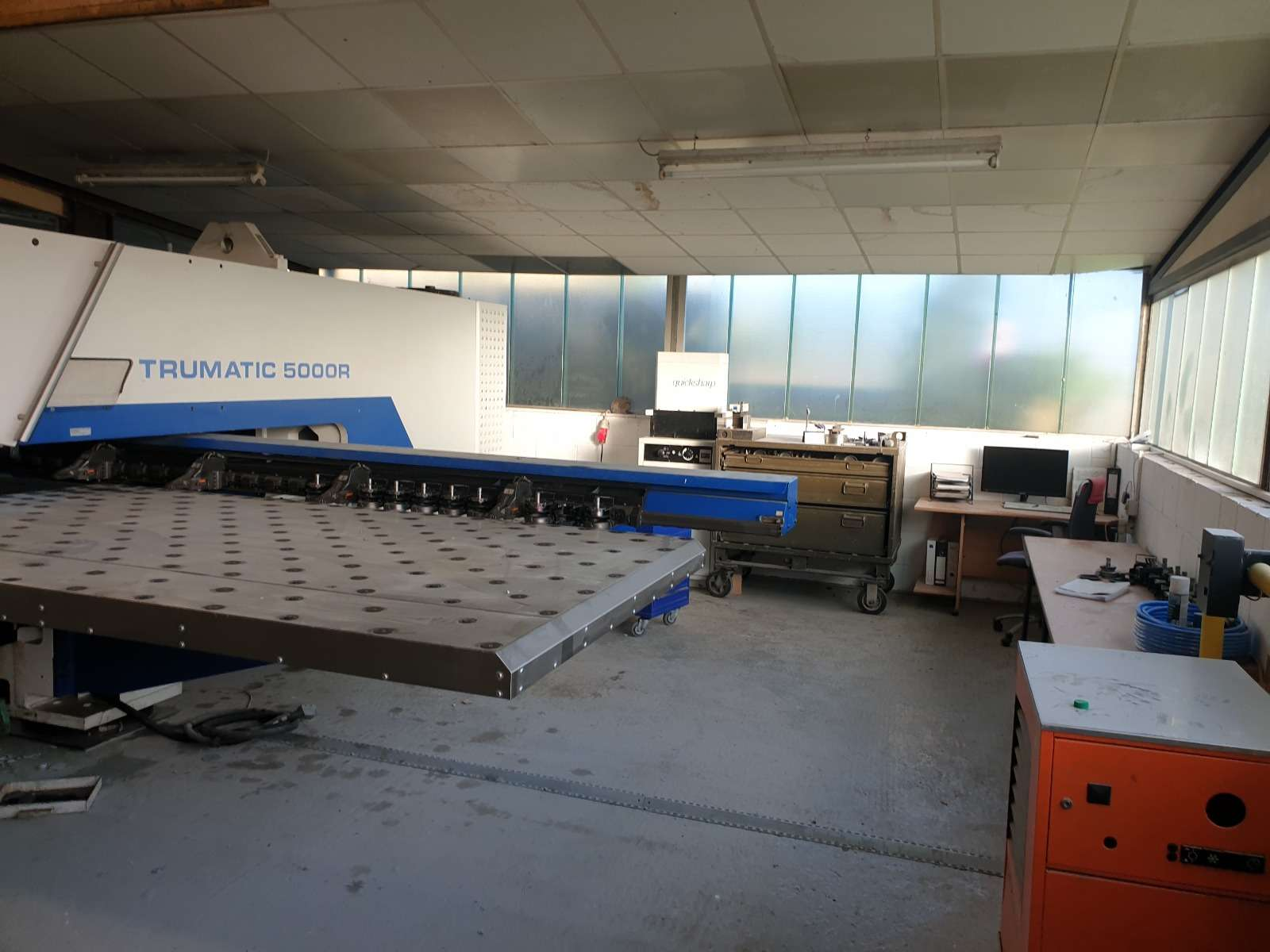 Turret Punch Press Trumpf TC 5000 R 1600 photo on Industry-Pilot