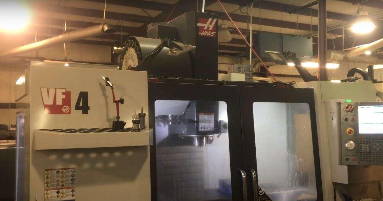 HAAS VF-4 CNC VERTIKALE BEARBEITUNG Bilder auf Industry-Pilot