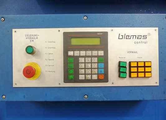 Гидравлические гильотинные ножницы BLEMAS TK 3000 - 13 H