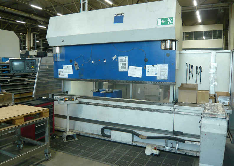 Press Brake hydraulic TRUMPF TrumaBend V 130 photo on Industry-Pilot