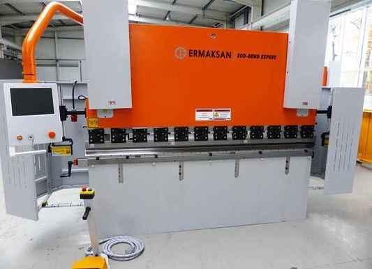 Abkantpresse - hydraulisch ERMAK ECO BEND EXPERT 26.80 Bilder auf Industry-Pilot