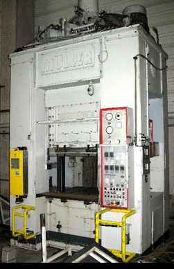 Double Column Drawing Press -Hydr. MÜLLER SDZ 250/200.3.1 (UVV) photo on Industry-Pilot